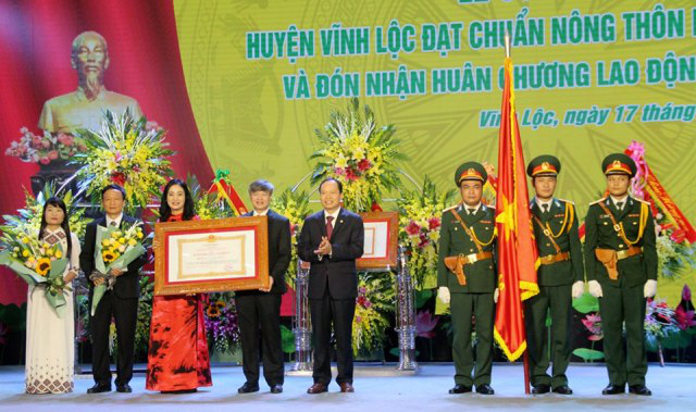 Thanh Hóa: Huyện Vĩnh Lộc đạt chuẩn nông thôn mới và đón nhận Huân chương Lao động hạng Ba - Ảnh 2.