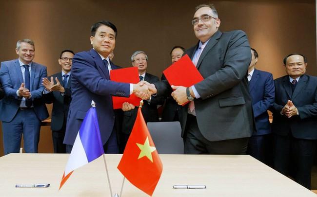Ra mắt đoàn tàu đầu tiên của tuyến metro Nhổn - ga Hà Nội - Ảnh 1.
