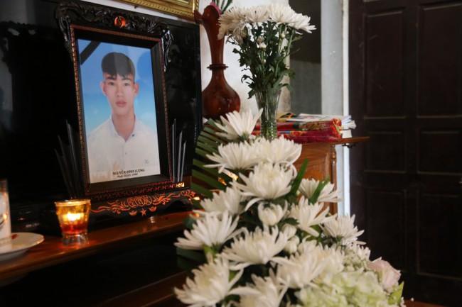 Vụ 39 thi thể trong container: 28 gia đình trình báo mất liên lạc với người thân - Ảnh 3.