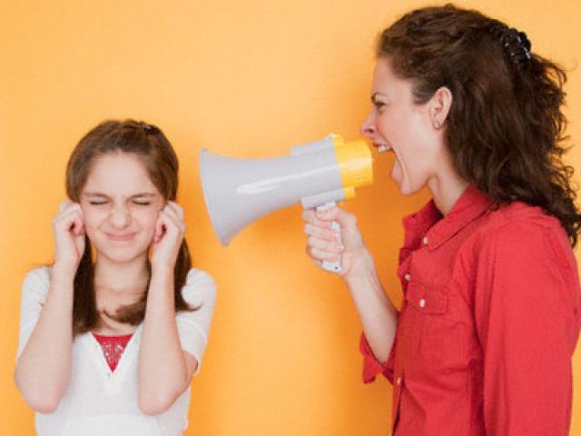 Khác nhau trời vực giữa cách dạy con tích cực và tiêu cực