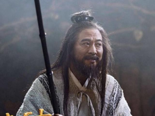 """Quá nhiều sạn, phim mới Lý Liên Kiệt bị """"ném đá"""" tơi tả"""