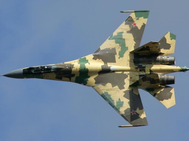 """Chiến đấu cơ Su-35 Nga """"sợ"""" tiêm kích nào của Mỹ?"""