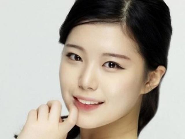 Ngôi sao Hàn qua đời ở tuổi 22 do tự sát