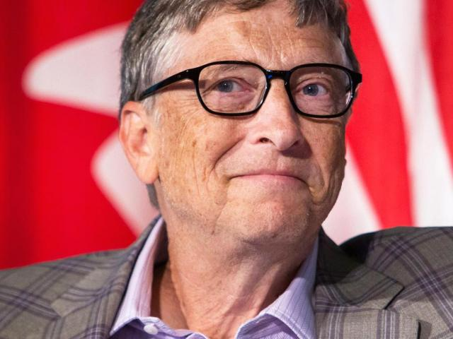 Vì sao giàu sụ như Bill Gates vẫn lọ mọ rửa bát mỗi tối?