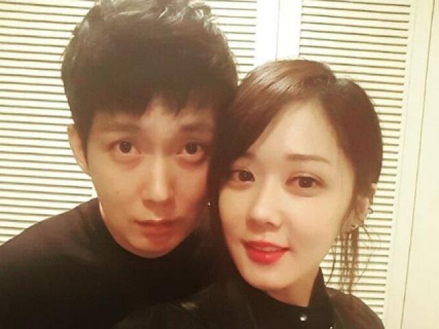 Anh trai Jang Nara trẻ như trai 20 dù đã 41 tuổi