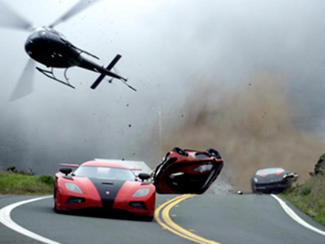 """Cảnh rượt đuổi ô tô """"đặc sản"""" trong phim Hollywood"""