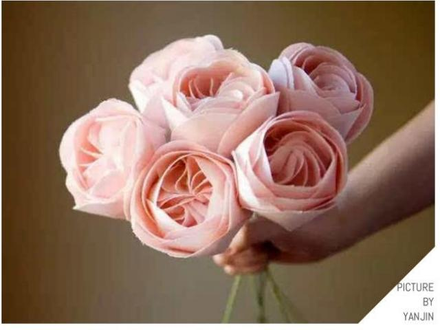 """Những bông hoa đắt nhất TG - món quà """"trong mơ"""" của chị em ngày 20-10"""
