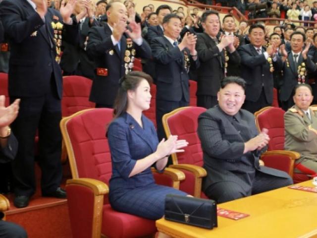 Vẻ đẹp của Đệ nhất phu nhân Triều Tiên khiến Kim Jong-un tự hào