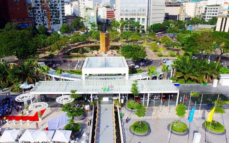 Bến trung tâm này hiện còn được đầu tư nhiều hạng mục về cảnh quan, phục vụ giải trí.
