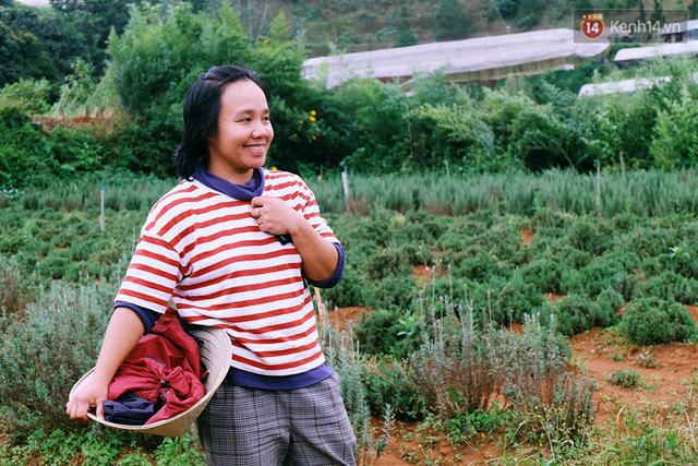 Miên hiền lành và chân chất như một người nông dân thực thụ, ít ai biết rằng Miên sinh ra và lớn lên ở thành phố.