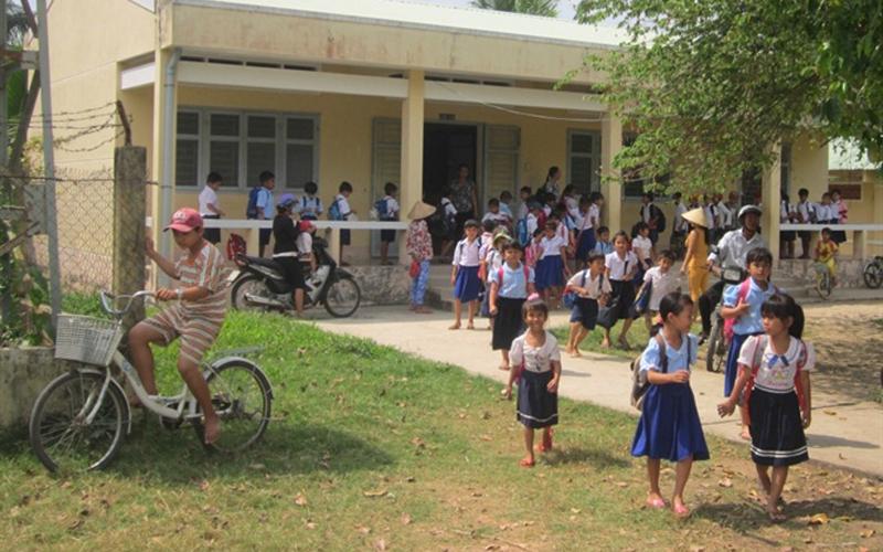 Xây dựng nông thôn mới Trường tiểu học Bưng Cốc, xã Phú Mỹ, huyện Mỹ Tú (Sóc Trăng) đã được xây dựng khang trang.
