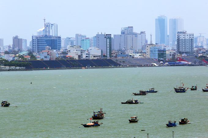 Sông Hàn sẽ trở nên rực rỡ hơn trong suốt những ngày diễn ra DIFF 2017 (ảnh: Nguyễn Đông/VnE).