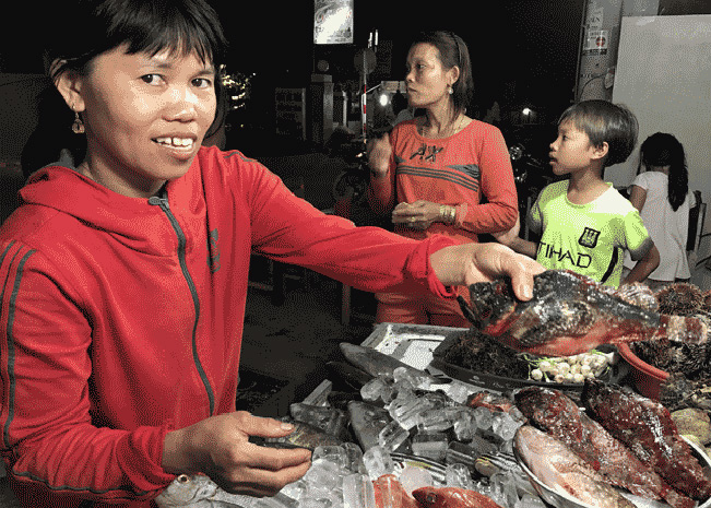 Do cá mặt quỷ khó săn bắt, nên không phải cứ có tiền là có thể được thưởng thức loại cá đặc sản này.
