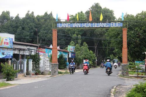 Thôn Quảng Đức nhiều năm liên tục được UBND tỉnh Khánh Hòa công nhận là làng văn hóa nhờ tinh thần hiếu học Ảnh: KỲ NAM