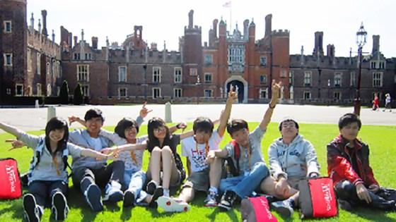 Du học sinh tham gia hoạt động ngoại khóa tại Boston, Mỹ.