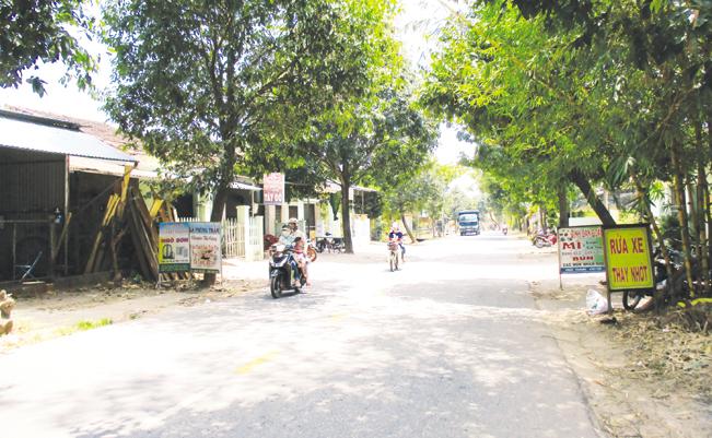 Nông thôn Quảng Nam tươi đẹp có sự đóng góp của những người như ông Anh.