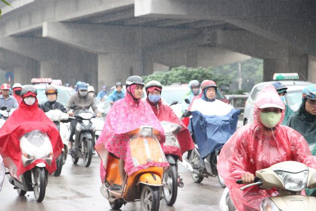 Chiều nay (2.5.2018), miền Bắc có mưa giông, đề phòng mưa đá và gió giật mạnh. (Ảnh minh họa: Nguyễn Dương).