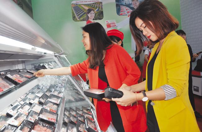 Từ ngày 23.12.2018, khách hàng đã có thể mua sản phẩm thịt mát mang thương hiệu Meat Deli trên thị trường Việt Nam.