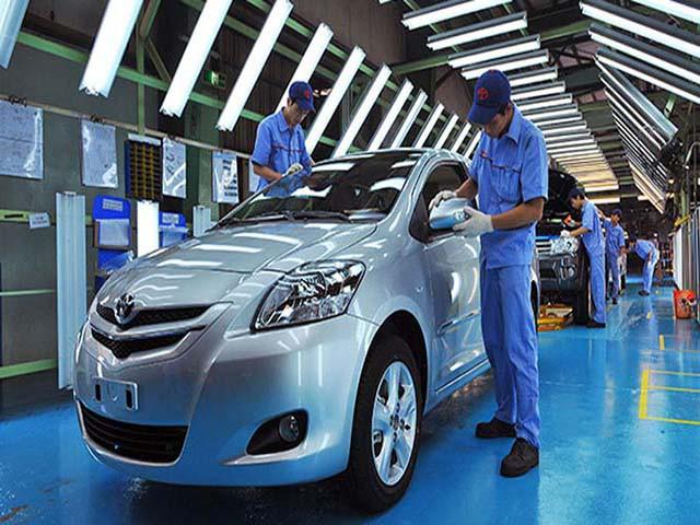 Sắp hết hạn chính sách giảm 50% phí trước bạ, giá ô tô có tăng? - Ảnh 1.