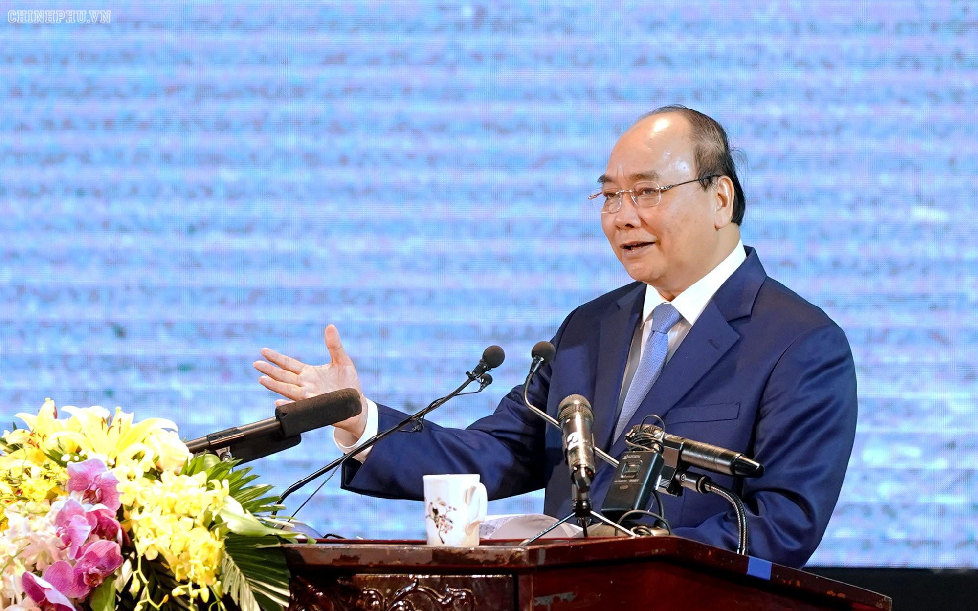 Thủ Tướng chỉ đạo xử lý lừa đảo qua mạng, chuyển nhượng đất đai