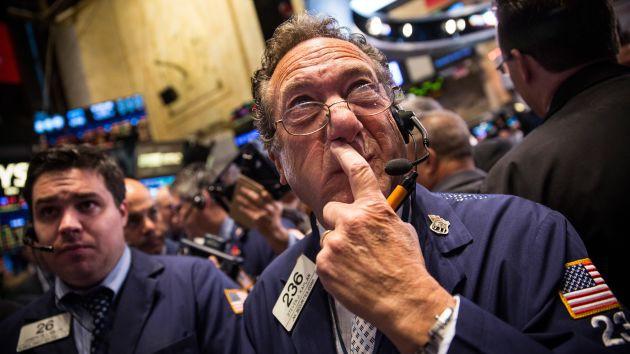 Chứng khoán Mỹ thận trọng chờ FED công bố mức lãi suất mới - Ảnh 1.