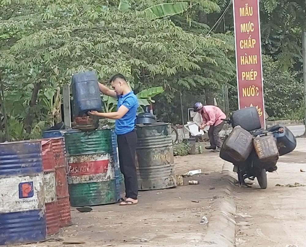Cận cảnh làng thu gom dầu nhớt thải lớn nhất miền Bắc