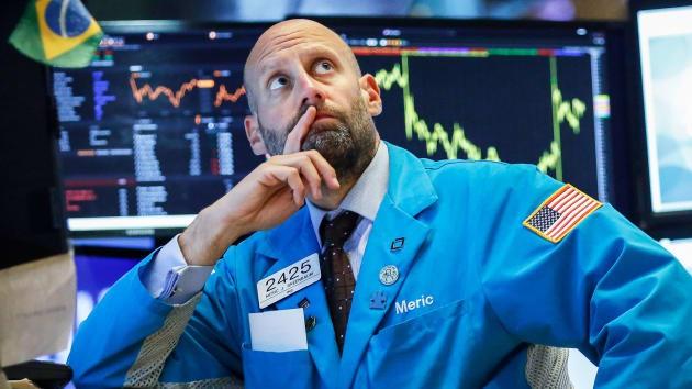 Chứng khoán phố Wall tăng điểm nhờ kỳ vọng FED cắt giảm lãi suất - Ảnh 1.