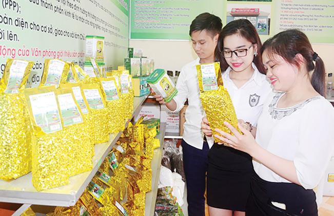"""Hiện, sản phẩm """"Chè xanh Trung Long"""" đã có mặt tại nhiều thị trường trong cả nước."""