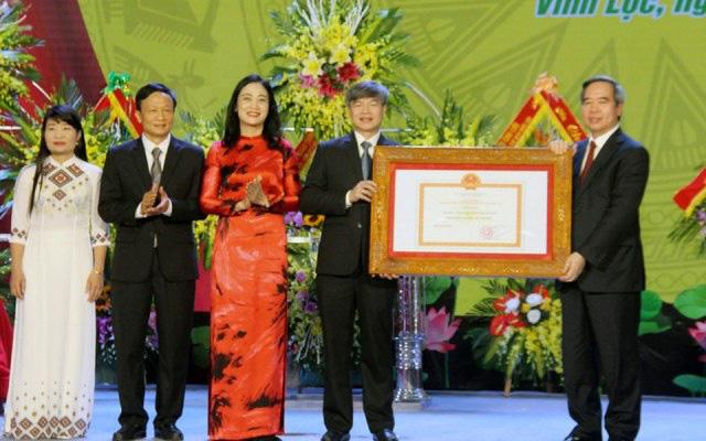 Vĩnh Lộc đạt chuẩn nông thôn mới và đón nhận Huân chương Lao động hạng Ba