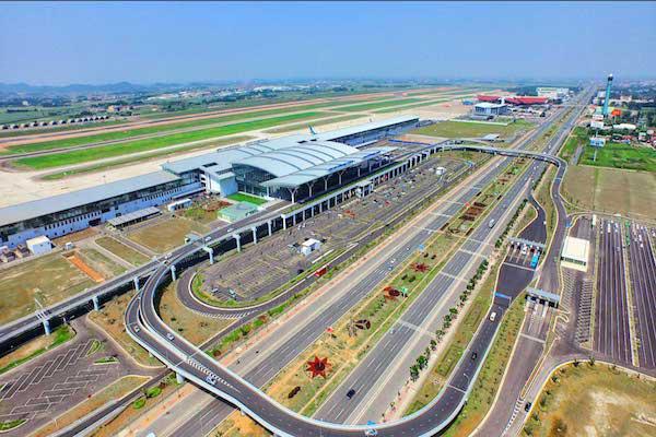 8 phương án mở rộng sân bay Nội Bài - Ảnh 1.