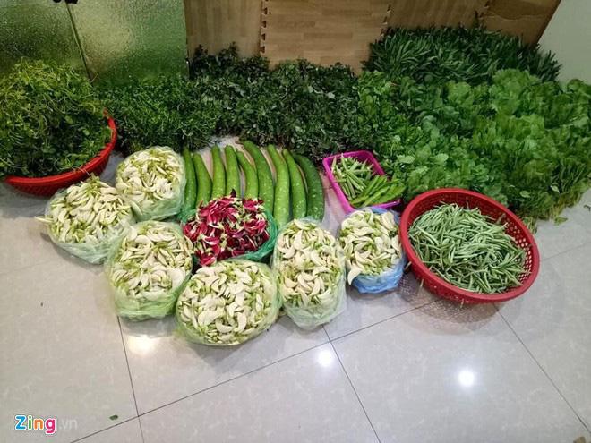 Bán thịt quê, rau sạch kiếm chục triệu mỗi tháng - Ảnh 2.