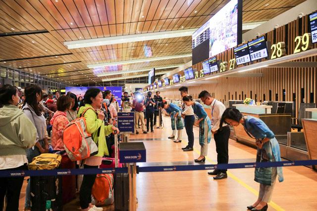 """Cảng hàng không quốc tế Vân Đồn được vinh danh là """"Sân bay mới hàng đầu thế giới 2019"""" - Ảnh 3."""