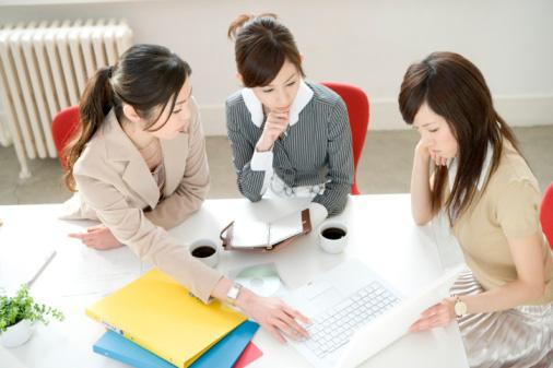 Nhân viên tư vấn bảo hiểm phải tốt nghiệp đại học - Ảnh 1.