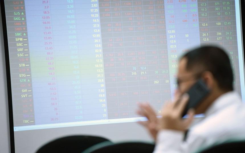Thị trường chứng khoán hôm nay 8/11 có thể xuất hiện nhịp điều chỉnh