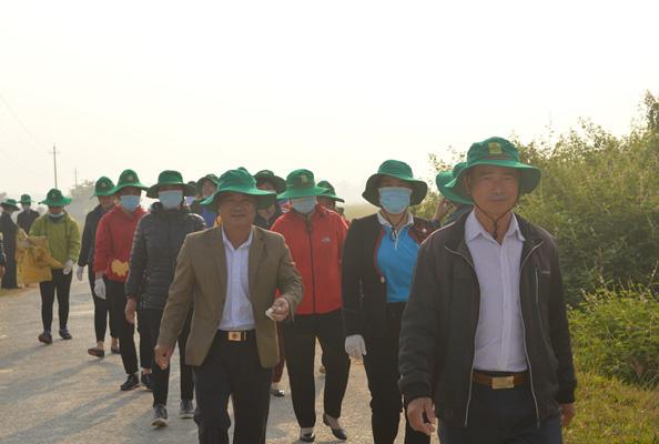 Điện Biên: Cùng nông dân thu gom bao gói thuốc bảo vệ thực vật sau sử dụng… - Ảnh 4.