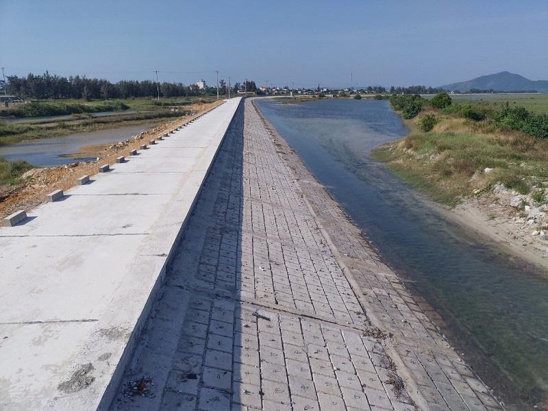 Quảng Ninh: Hoàn thành thi công tuyến đê đảo Quan Lạn - Ảnh 1.