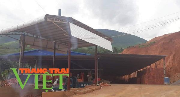 Ai chống lưng cho nhà máy gạch của Công ty CPVLXD Sông Mã hoạt động trái phép ? - Ảnh 1.