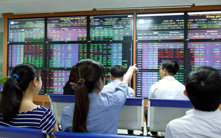 Thị trường chứng khoán 26/12: Tránh xa các mã tăng trưởng nóng