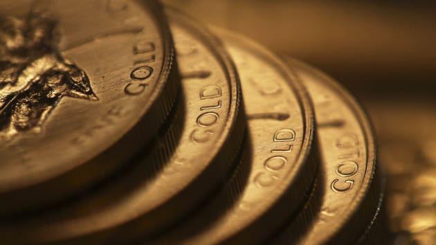 Giá vàng hôm nay 31/12: Tiếp tục tăng cao - Ảnh 1.