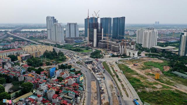 Loạt dự án giao thông trọng điểm của TP Hà Nội vẫn còn dang dở trước thềm năm mới - Ảnh 2.