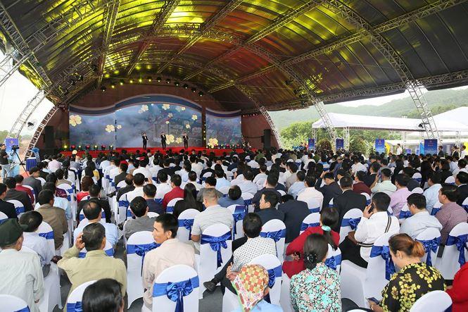 Lễ khởi công dự án cao tốc Vân Đồn - Móng Cái.