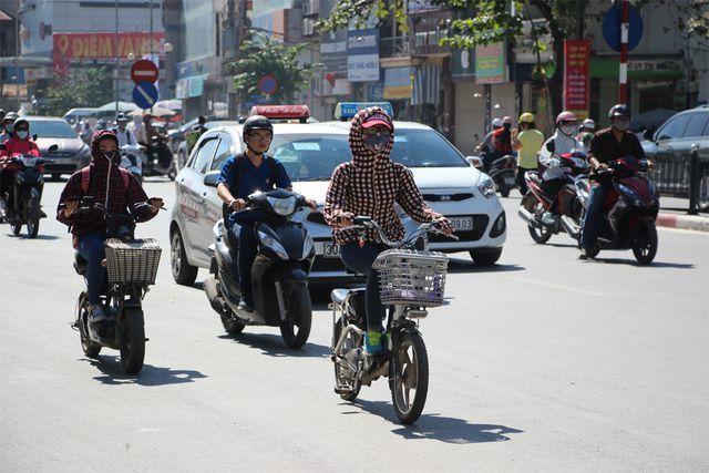 Hà Nội dự báo bước vào đợt nắng nóng dài ngày, có nơi trên 38 độ C.