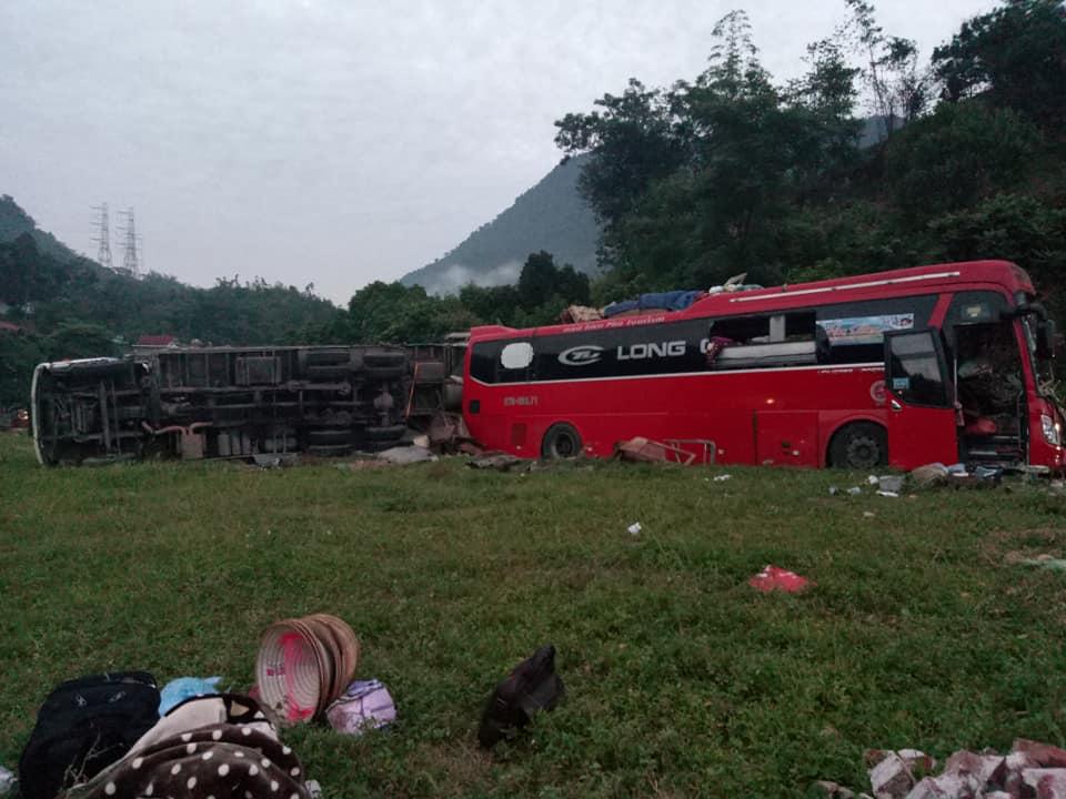 Hiện trường xảy ra vụ tai nạn giao thông. Ảnh T.V