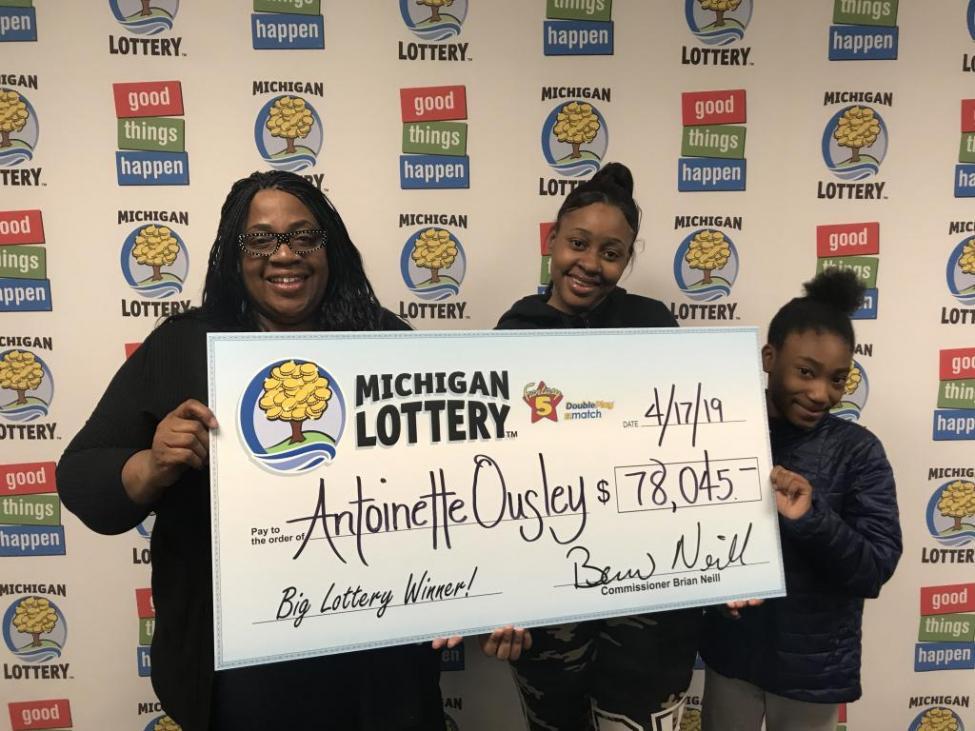 Một phụ nữ ở Michigan nhờ nhớ nhầm tuổi của con gái mình mà trúng giải độc đắc trị giá 78.000 đô la (nguồn: UPI)