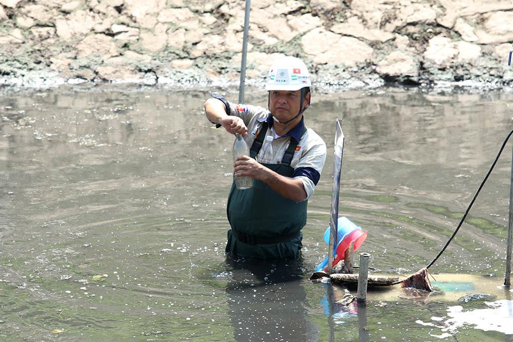 Sau 2 tháng, lượng bùn sẽ giảm hẳn, nước sẽ trong trở lại.