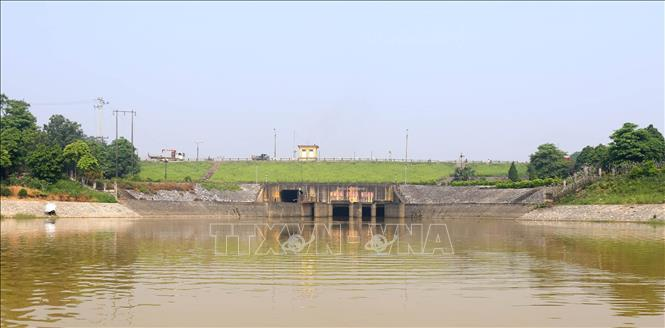 Cống Xuân Quang (xã Xuân Quang, huyện Văn Giang, tỉnh Hưng Yên) thuộc hệ thống công trình thủy lợi Bắc Hưng Hải. Ảnh: Vũ Sinh/TTXVN