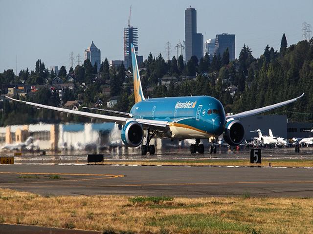 Báo động từ hai sự cố đe doạ an toàn bay và tiêu cực ngành hàng không?  - Ảnh 2.