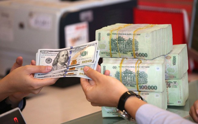 Tỷ giá trung tâm lại lập đỉnh mới, VND/USD sẽ như thế nào đến cuối năm? - Ảnh 1.