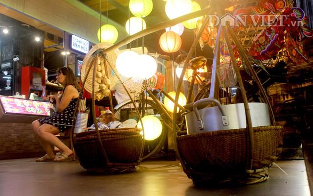 Hồi sinh chợ đêm đầu tiên trong lòng đất ở Việt Nam - Ảnh 2.