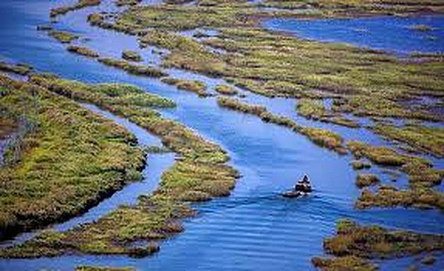 Vẻ đẹp thơ mộng của hồ Bà Dương.